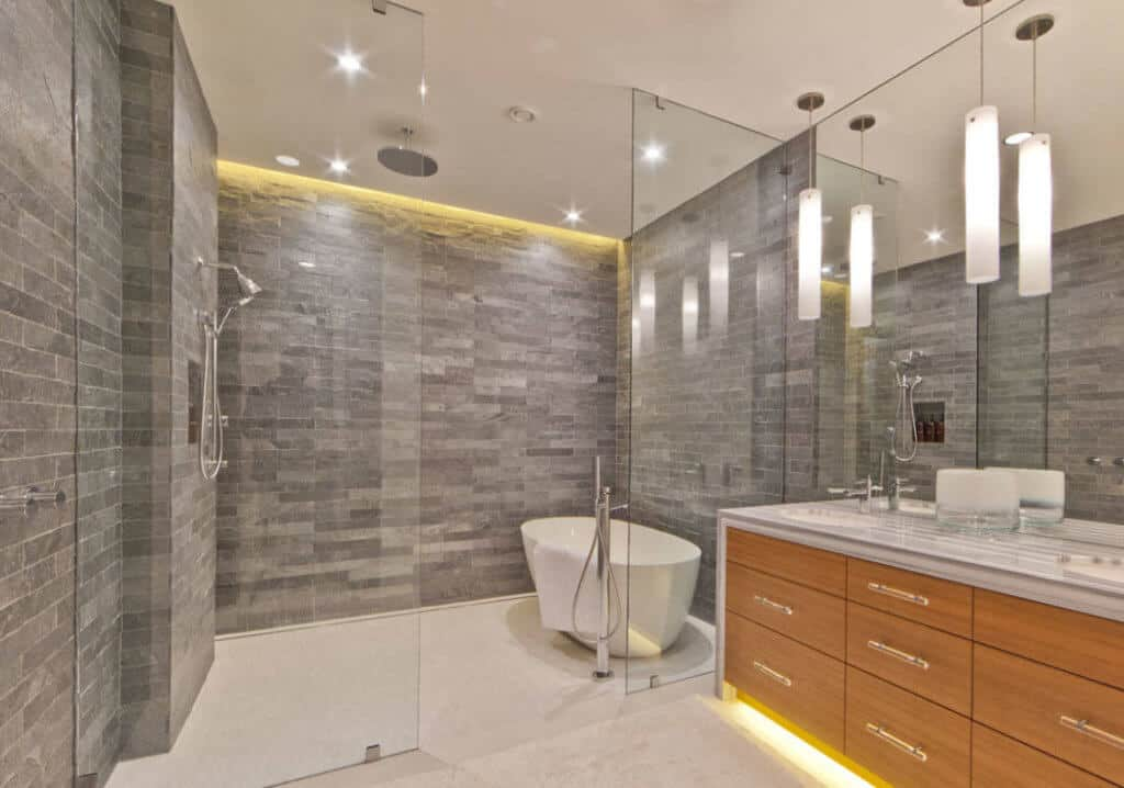 From Drab to Fab: Essential Features for Any Luxury Bathroom